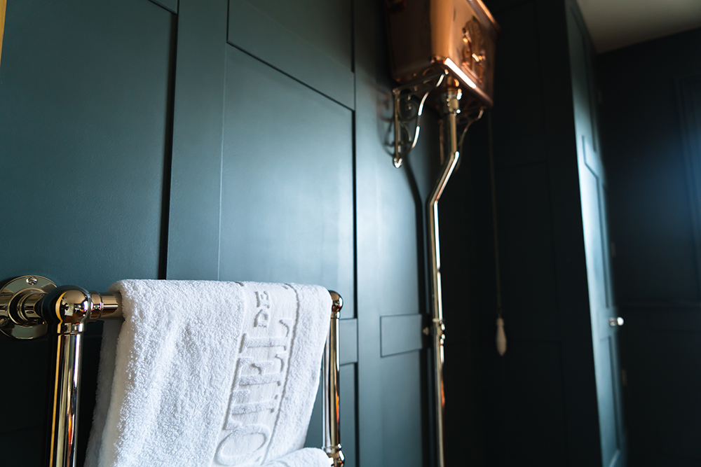 Bathroom Brass Furnishings