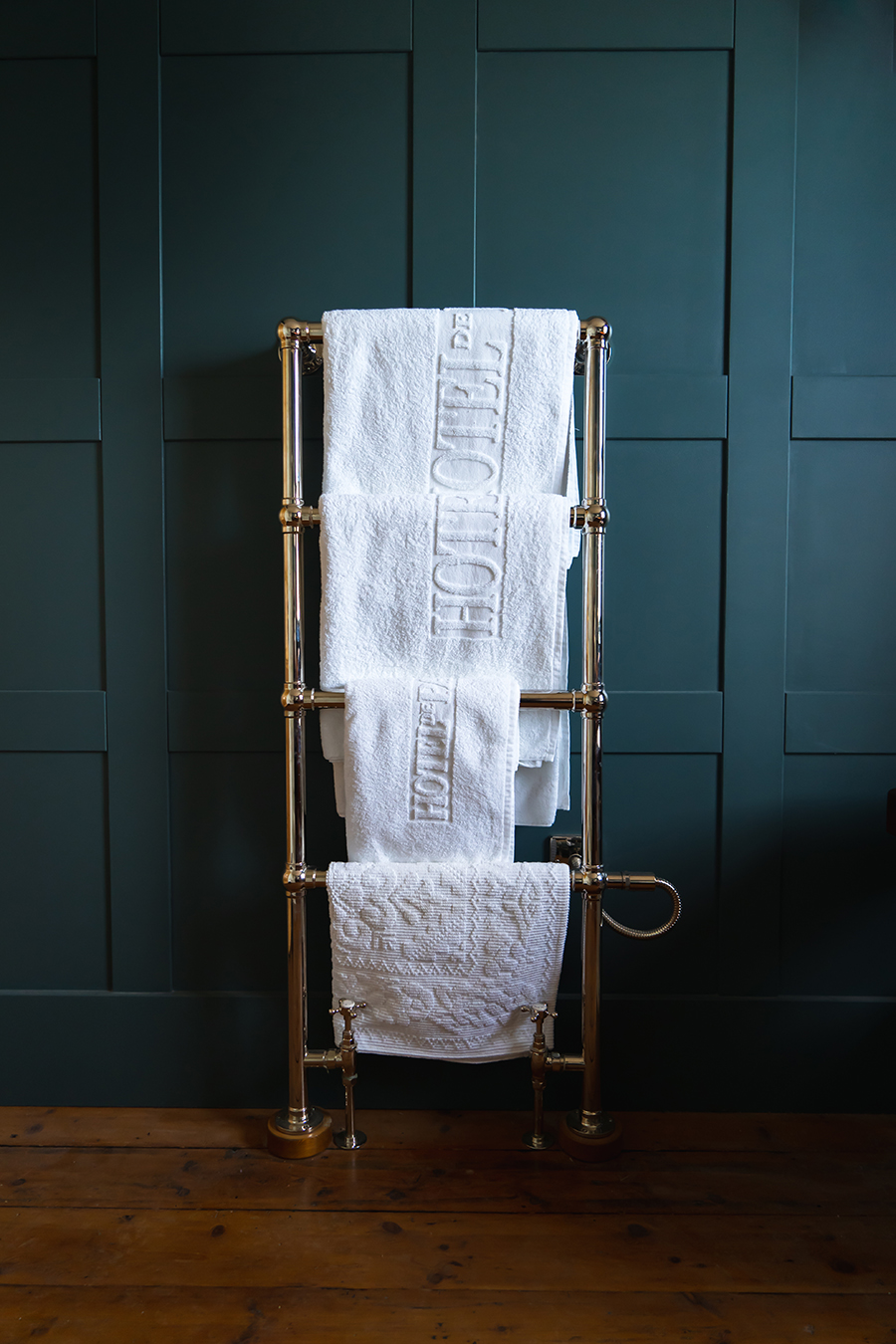 Towel Rack (Brass)