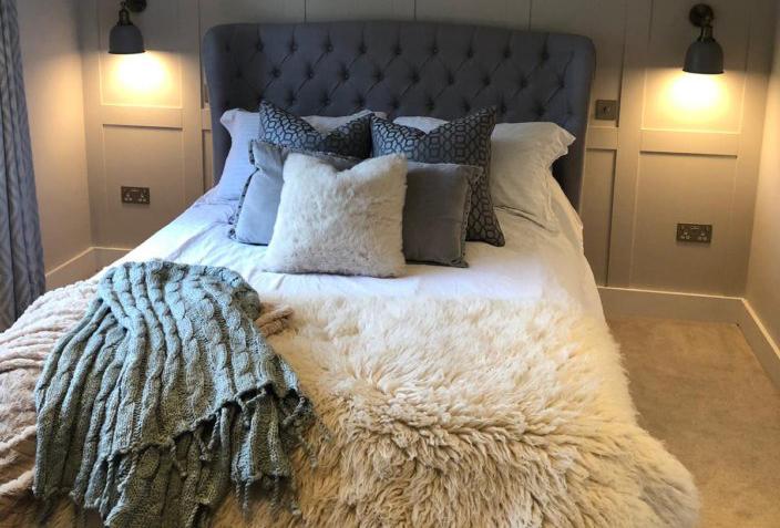 Aperture Custom Bed